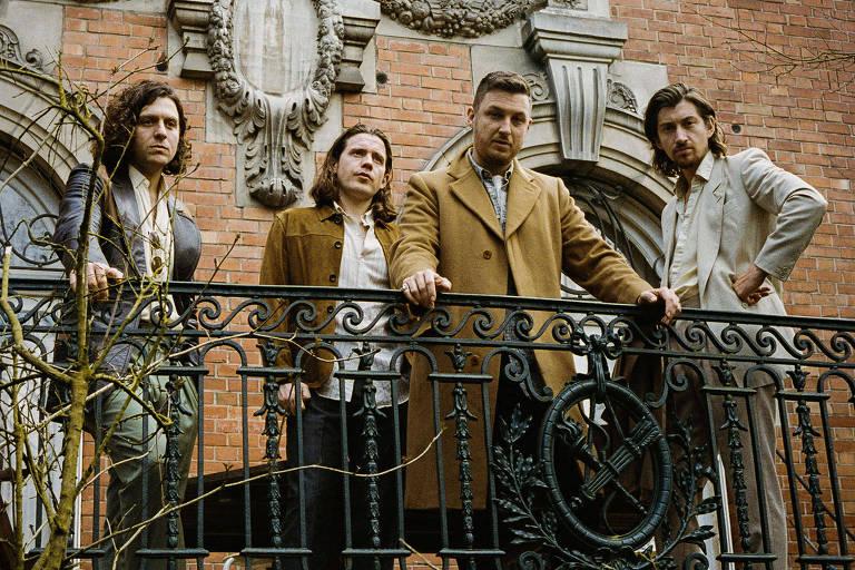 Arctic Monkeys lança novo álbum