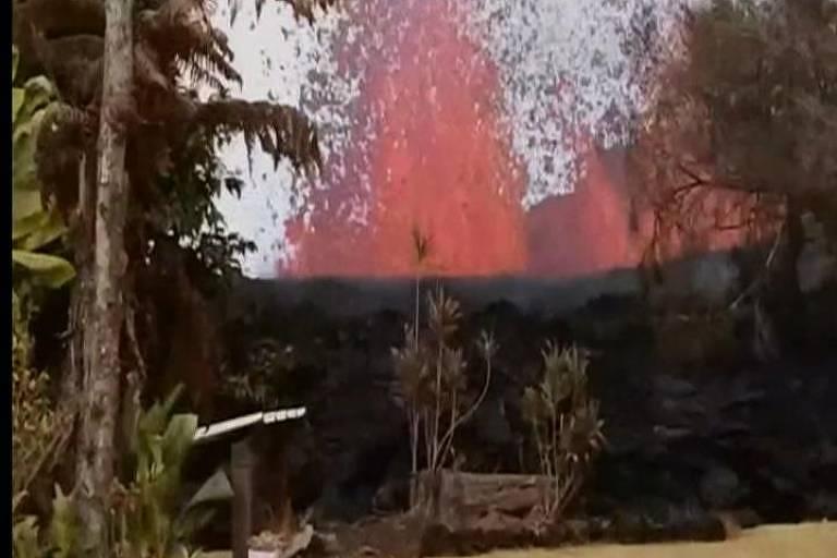 Havaiano registra erupção do vulcão Kilauea
