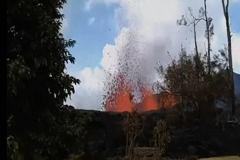 Havaiano registra erupção de vulcão Kilauea