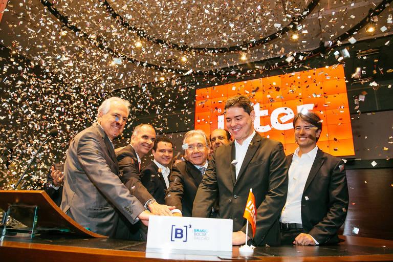 Executivos do Banco Inter em estreia das ações na Bolsa