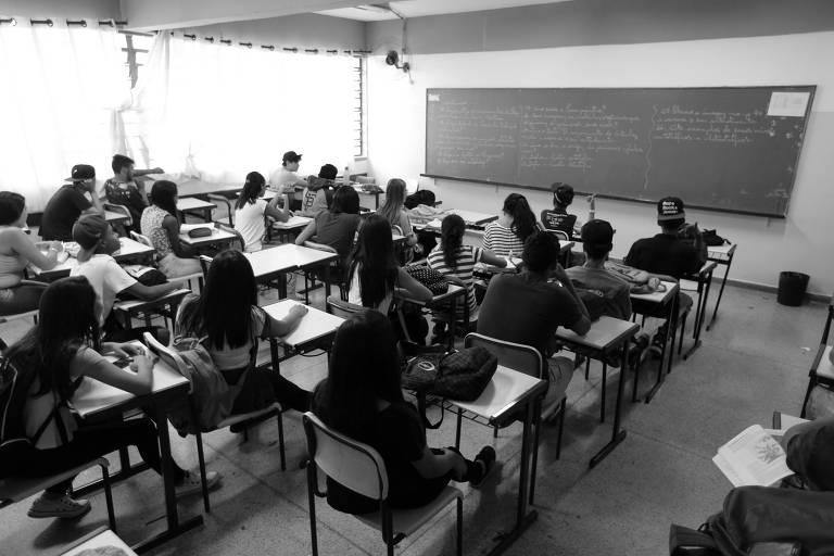 Sala de escola estadual em Guarulhos, na Grande São Paulo