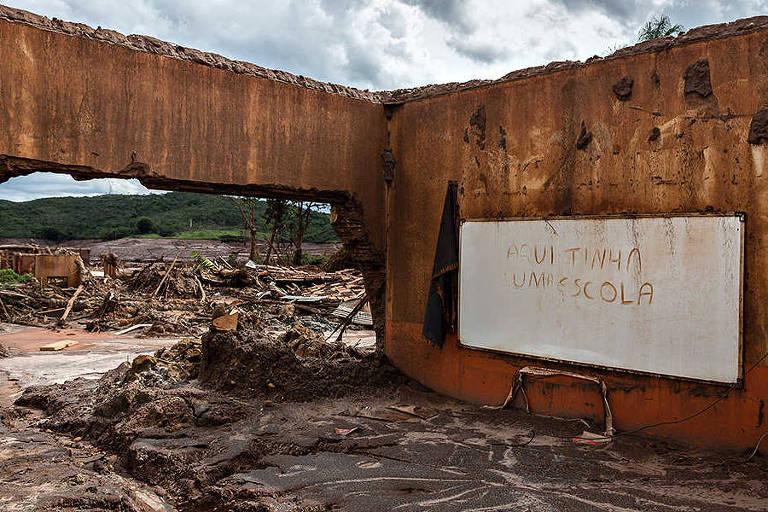 Procuradores acusam Vale e BHP de conluio para reduzir indenização às vítimas do desastre de Mariana