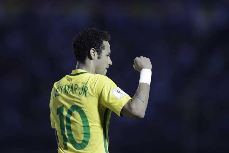 Apesar da lesão no pé direito, Neymar deve chegar 100% à Copa do Mundo