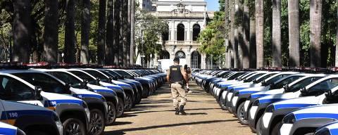 Governador Fernando Pimentel entrega 73 novas viaturas para a polícia Militar de Minas Gerais Palácio da Liberdade