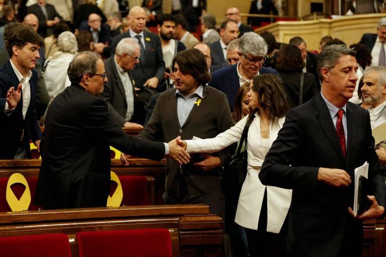 Catalunha: Quim Torra eleito presidente do Governo regional