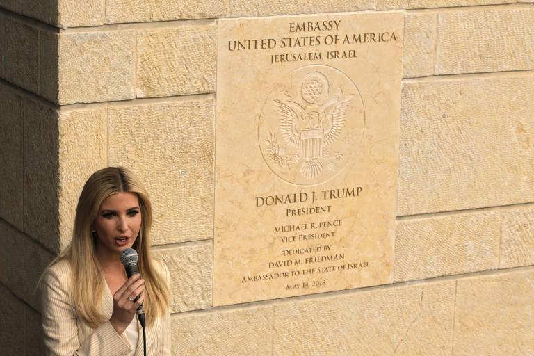 Ivanka Trump discursa durante cerimônia de inauguração da embaixada dos EUA em Jerusalém