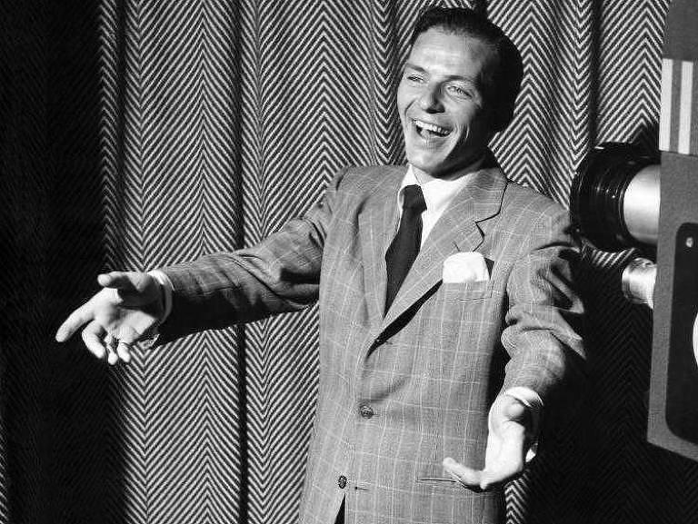 Há 20 anos, música perdeu o cantor Frank Sinatra, chamado de 'A Voz'