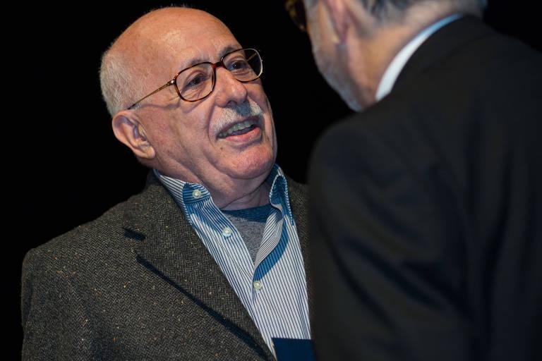 O escritor e crítico literário Silviano Santiago, ganhador do livro do ano de ficção do Jabuti em 2017