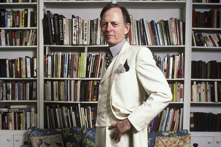 Tom Wolfe em sua casa, em Nova York, fotografado em 1988