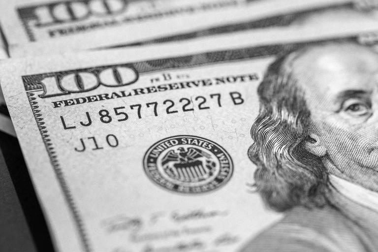 Dólar se valoriza em grande parte do mundo, devido à perspectiva de crescimento econômico e de alta de juros nos EUA
