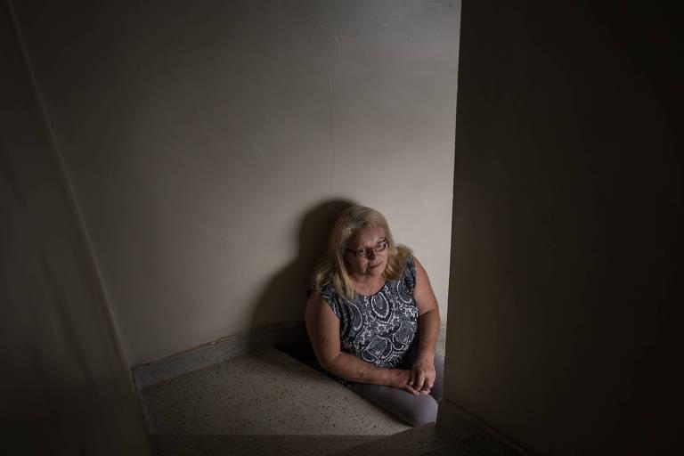 A aposentada Neusa Calligari, 61, que esperou dois anos por um exame de audição na rede municipal de saúde de SP