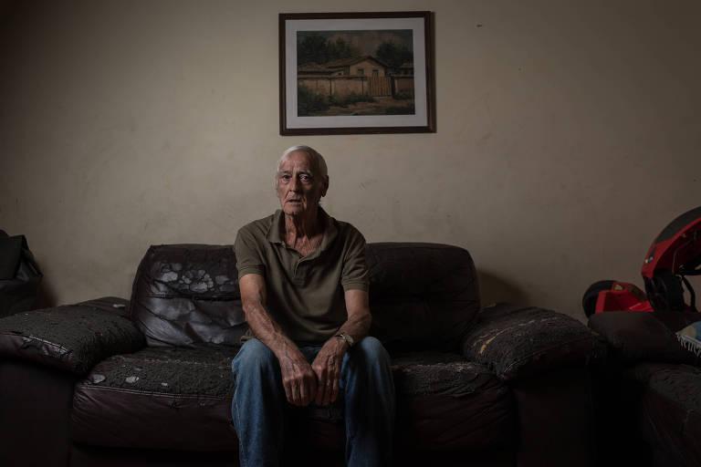 Antonio de Paula Sobrinho, 81, que foi cinco vezes a unidade de saúde central para tentar agendar consulta, sem sucesso