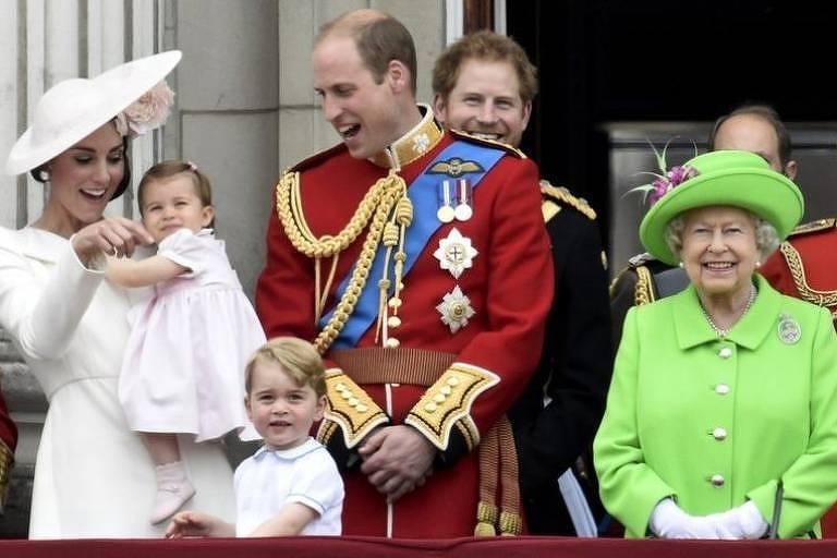 Múltiplos fatores explicam o fascínio sobre os membros da família real