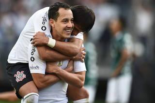 Partida entre Corinthians e Palmeiras pelo Campeonato Brasileiro