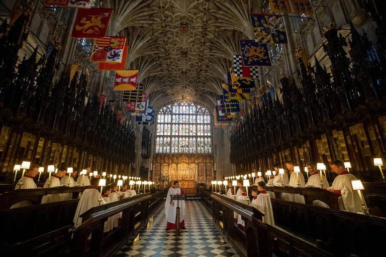 Coral da capela de São Jorge, em Windsor (Reino Unido), ensaia antes do casamento do príncipe Harry com Meghan Markle