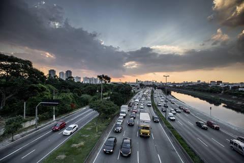 Seis capitais brasileiras batem meta de redução de mortes no trânsito
