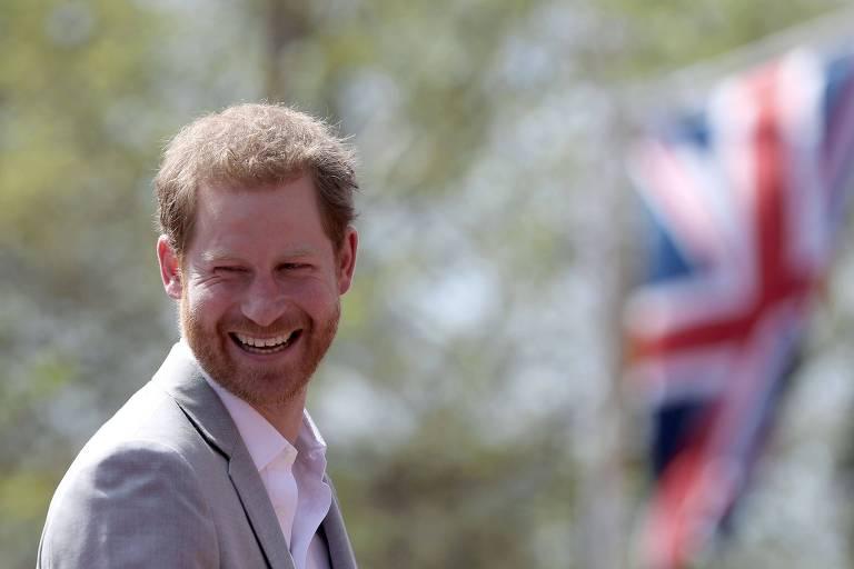 O príncipe Harry vai se casar com a atriz Meghan Markle neste sábado (19)