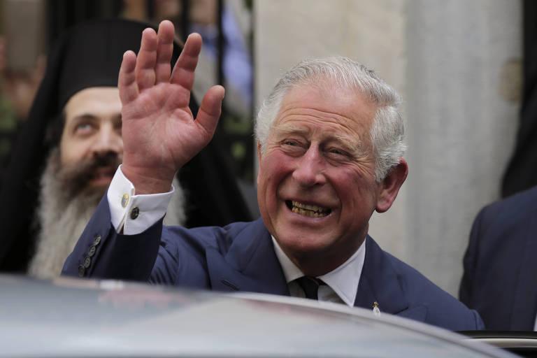 Príncipe Charles de Gales em evento de uma Igreja Ortodoxa na Grécia, no começo de maio