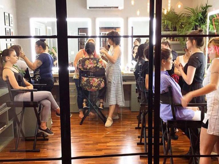 Escolas de maquiagem