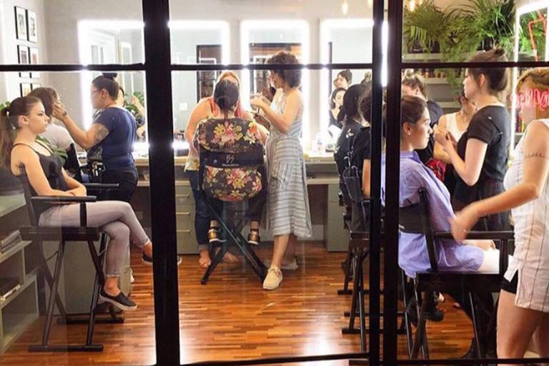 Escolas de Maquiagem em São Paulo e no Rio dão cursos rápidos e profissionalizantes