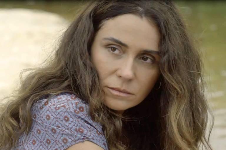 Luzia (Giovanna Antonelli)
