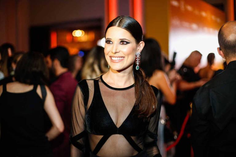 A atriz Manuela Do Monte