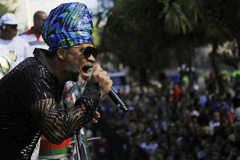 Carlinhos Brown se apresenta durante a Virada Cultural 2018
