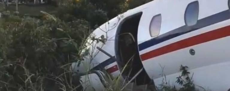 Avião que levava Alok derrapa