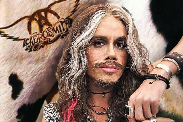 Artista Silvero Pereira usa peruca com mechas para interpretar cantor Steven Tyler