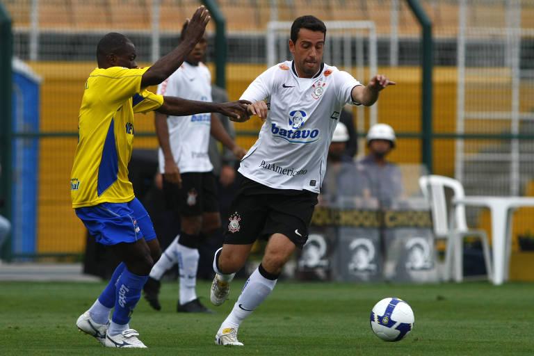 Edu Gaspar durante jogo do Corinthians contra o Santo André, pelo Brasileiro de 2009