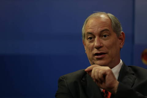 Em sabatina, Ciro critica Bolsonaro e promete revogar medidas 'golpistas' de Temer