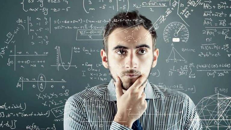 Para ser membro da Mensa é preciso ter Quociente de Inteligência (QI) superior a 98% da população geral