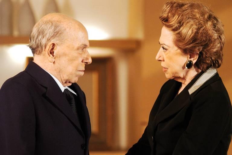 """A atriz Fernanda Montenegro interpreta a personagem Bia Falcão em cena da novela """"Belíssima"""""""