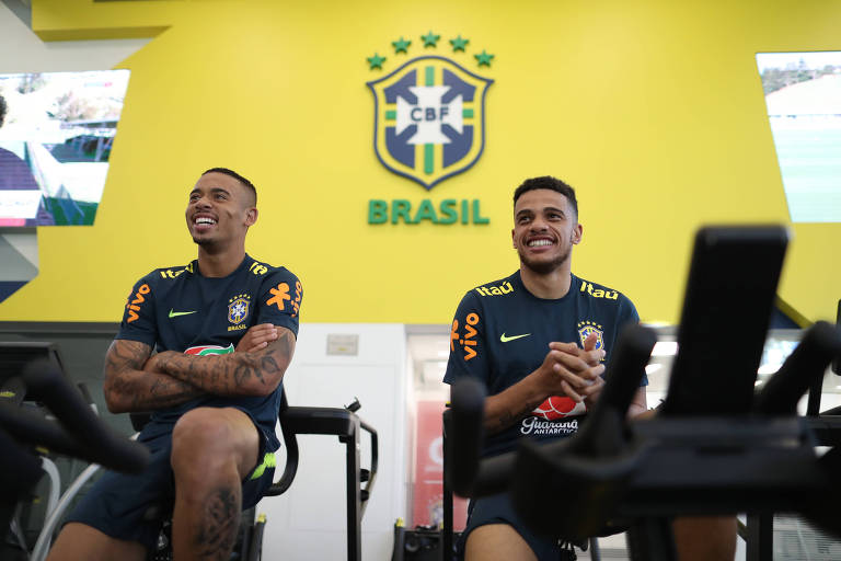 Gabriel Jesus e Taison fazem testes físicos no primeiro dia de preparação da seleção brasileira para o Mundial