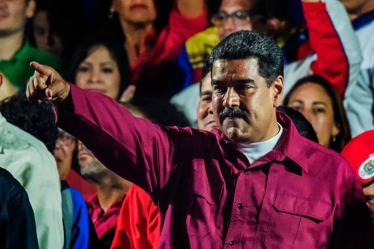 Ditador Nicolás Maduro comemora resultado da eleição que lhe deu novo mandato na Venezuela