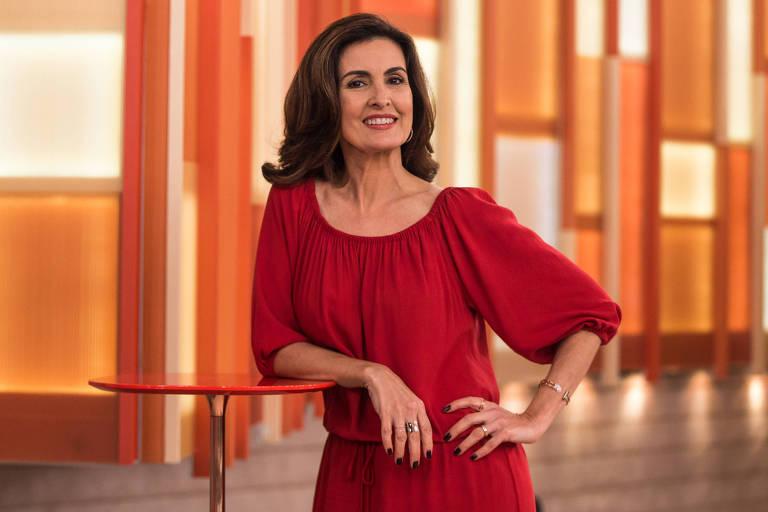 A apresentadora Fátima Bernardes no set do programa Encontro com Fátima Bernardes