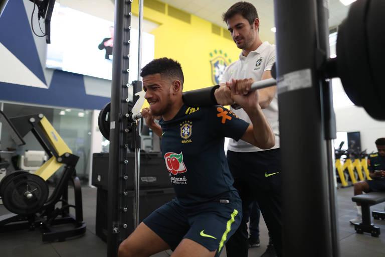Testes físicos da seleção brasileira na Granja Comary