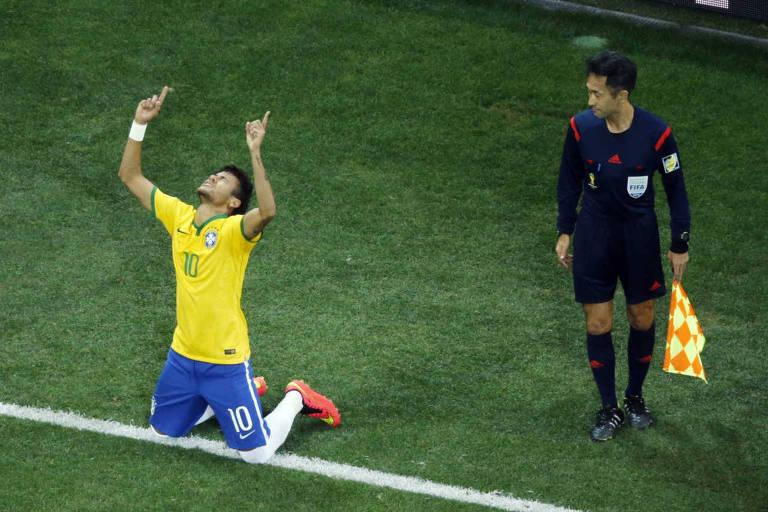 Camisas 10 da seleção brasileira nas Copas