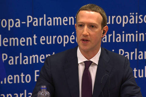 This video grab taken from the European Commission channel EBS, shows Facebook CEO Mark Zuckerberg during his audition at the European Parliament on the data privacy scandal on May 22, 2018 at the European Union headquarters in Brussels.  / AFP PHOTO / EBS / - / RESTRICTED TO EDITORIAL USE - MANDATORY CREDIT