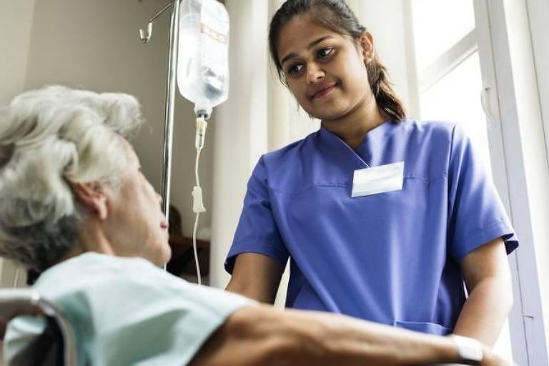 As pesquisas de crono-nutrição também podem ajudar quem trabalha em turnos com horários alternativos, como enfermeiras