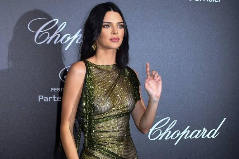A modelo americana Kendall Jenner posa para foto em evento