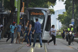 VLT + BRT.