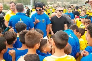 Ronaldinho Gaúcho abrirá escolinha de futebol em Israel