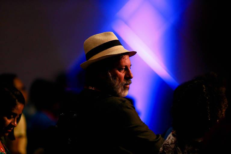 Delúbio Soares, ex-tesoureiro do PT, em abertura de congresso nacional do CNTE
