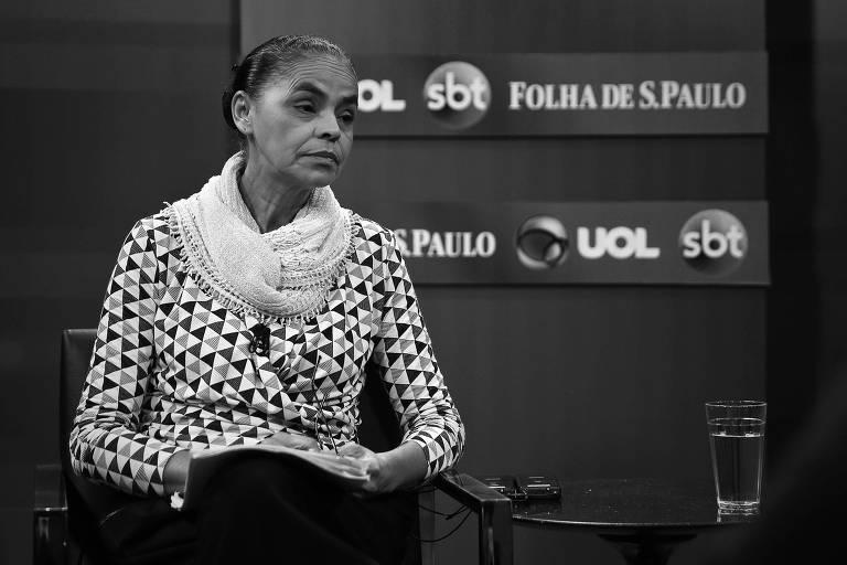A pré-candidata da Rede à Presidência, Marina Silva, durante sabatina realizada pela Folha em conjunto com o UOL e o SBT
