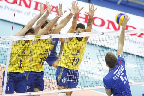 Brasil enfrenta França na semifinal da Liga Mundial de Vôlei