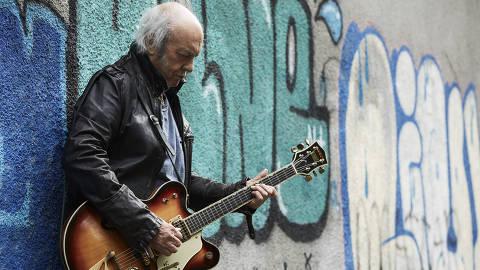 O cantor e compositor Erasmo Carlos, que lança novo álbum,