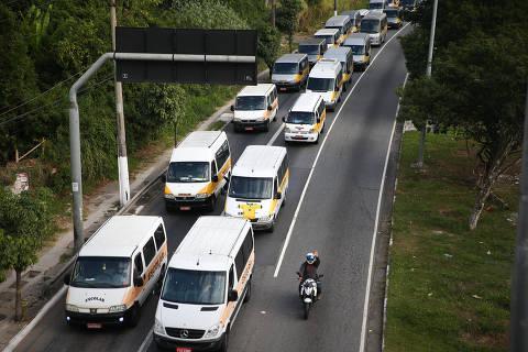 Nas redes sociais, maioria apoia os protestos dos caminhoneiros