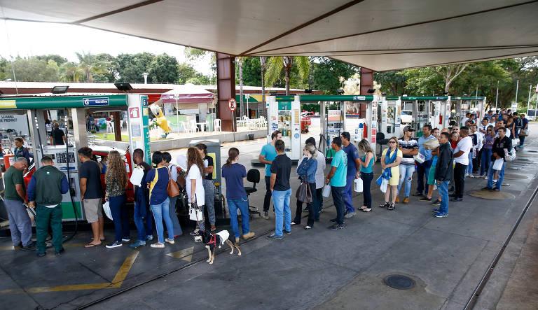 Serviços impactados pela greve dos caminhoneiros