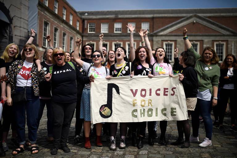 Irlanda fará referendo sobre 'papel da mulher em casa'